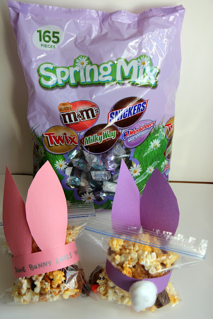 Create these cute Bunny Mix gifts for Easter using MARS® Mixed Minis, available at Sam's Club.
