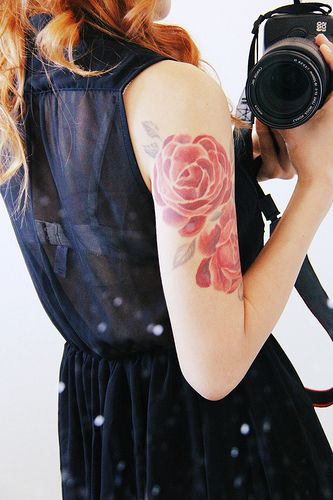 Stunning Shoulder Flower Tattoos For Women