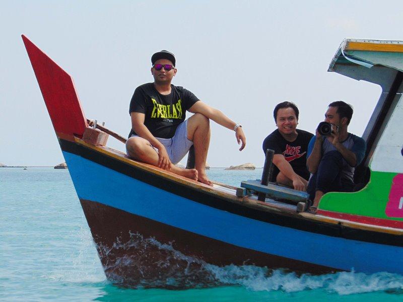 Objek Wisata Bahari di Belitung Yang Wajib Dikunjungi, Pantai Tanjung Tinggi, Pantai Tanjung Tinggi, Pantai Tanjung Kelayang, Pulau Pasir, Pulau Batu Berlayar,
