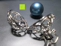 Kugel Käfig: Morella® Damen Halskette Edelstahl 70 cm mit Herz-Kugel Anhänger und Klangkugel Ø 16 mm in Schmuckbeutel zur Farbauswahl