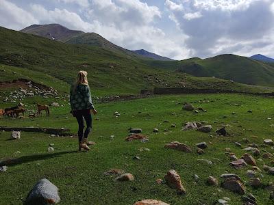 konno po Kirgistanie Kol Ukok