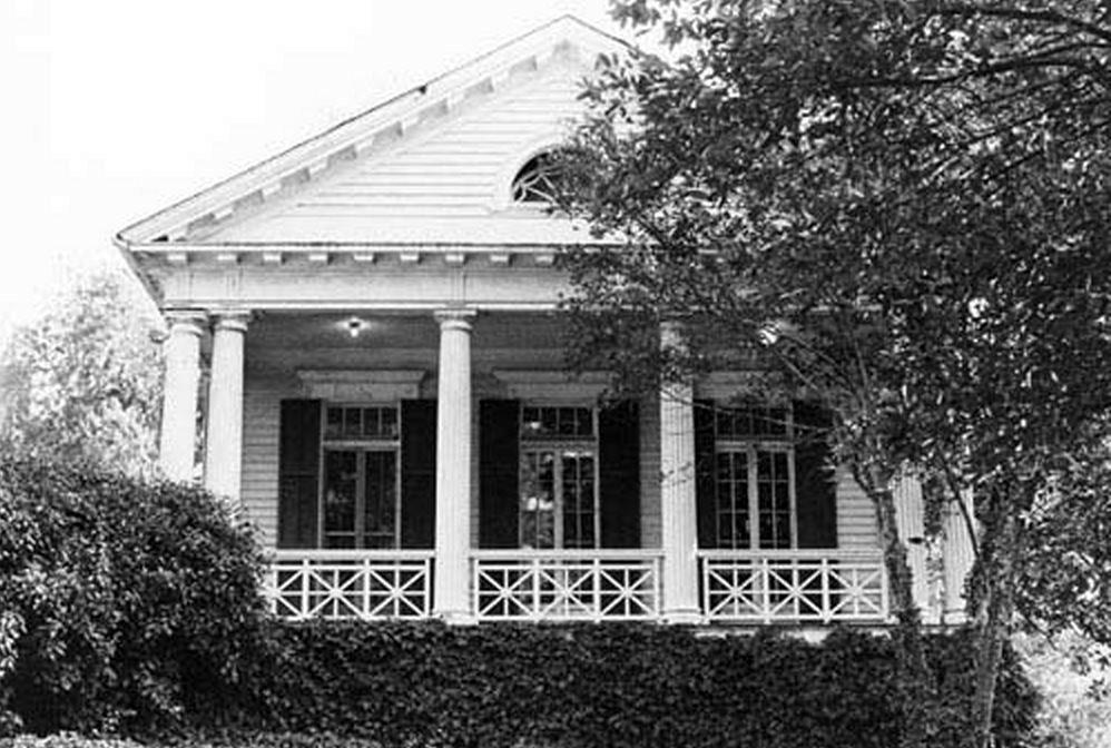 whitaikwing Aiken House Plan Cottage on chesnee house plan, lexington house plan, hemingway house plan,