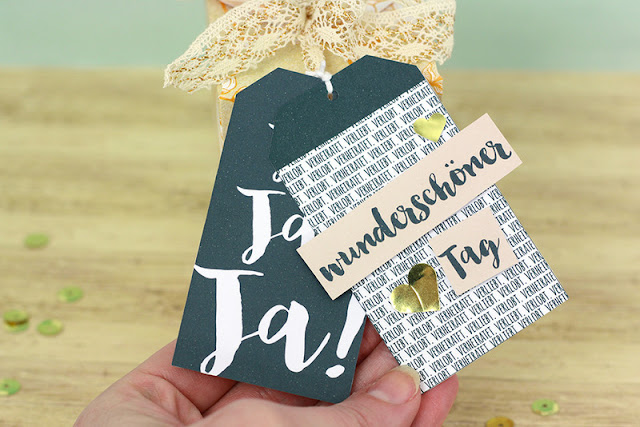 http://danipeuss.blogspot.com/2017/05/geschenke-verpacken-mit-den-danipeussde-printables-wrmk-gift-box-punch-board.html