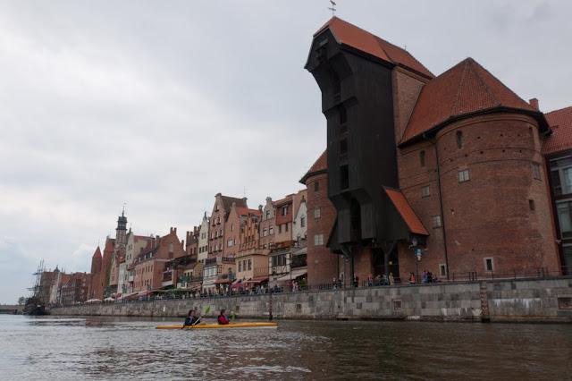 Zwiedzanie Gdańska z perspektywy kajaka.