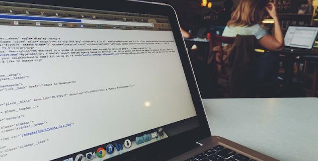 Blogger'da herhangi bir eklentiyi belirli bir sayfada nasıl gizleriz?