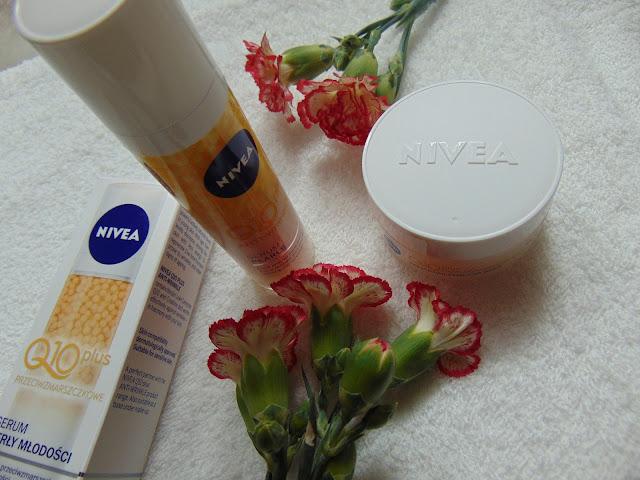 NIVEA Q10 PLUS - Perły młodości i Krem przeciwzmarszczkowy nawilżający