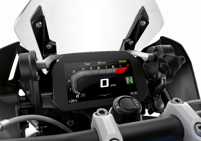BMW-R-1250-GS-tacografo