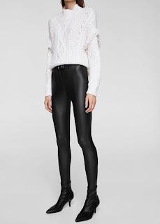 https://shop.mango.com/es/mujer/pantalones-leggings/leggings-acabado-brillante_11045728.html?c=76&n=1&s=rebajas_she.familia;26,326