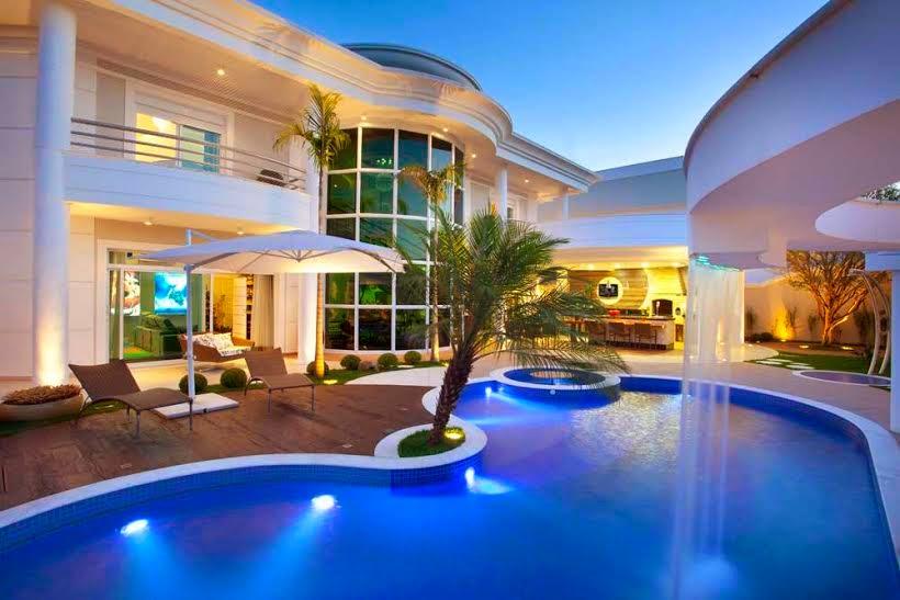Construindo minha casa clean cascatas para piscinas for Ideas de piscinas grandes