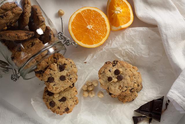 Keks sa čokoladom, lešnicima i pomorandžom