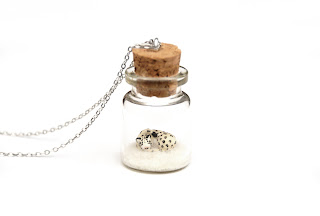 https://www.etsy.com/uk/listing/487933879/snow-leopard-necklace-winter-terrarium?ref=shop_home_active_2
