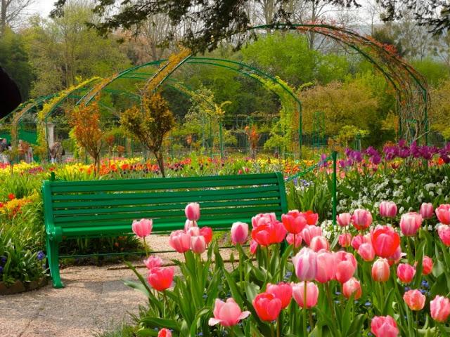 Monet's House & Gardens - A Romantic Place