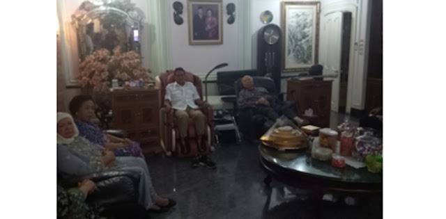 Keluarga Probosutedjo Dukung Anies-Sandi