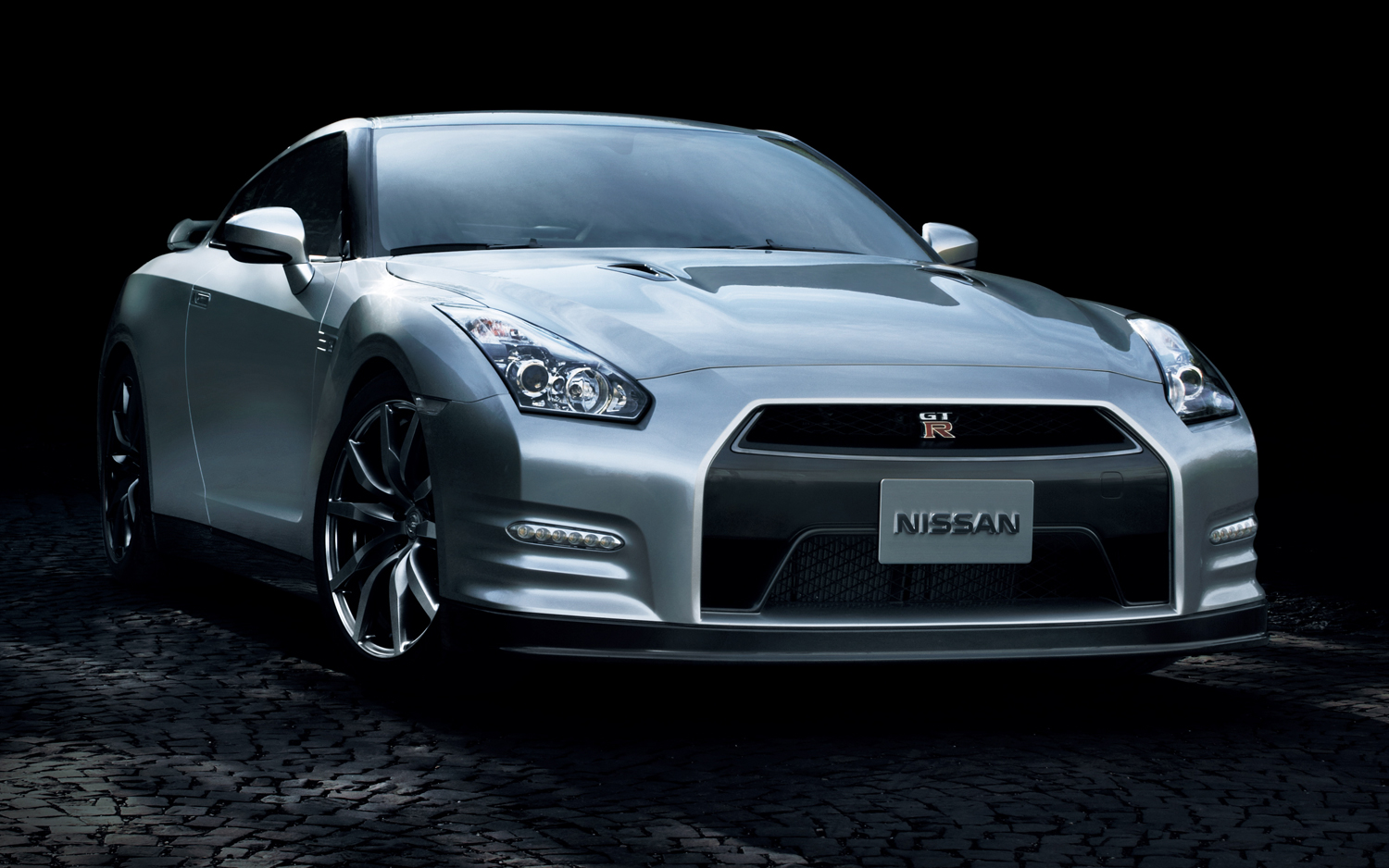 2014 Nissan GT-R | New cars reviews