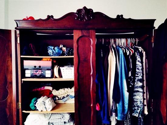Como arrumar meu guarda roupa? (14 dicas unissex)