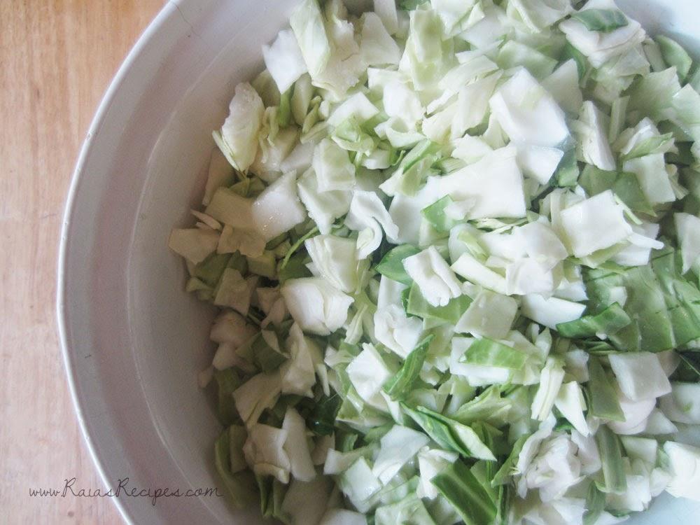 Simple Homemade Sauerkraut | www.RaiasRecipes.com