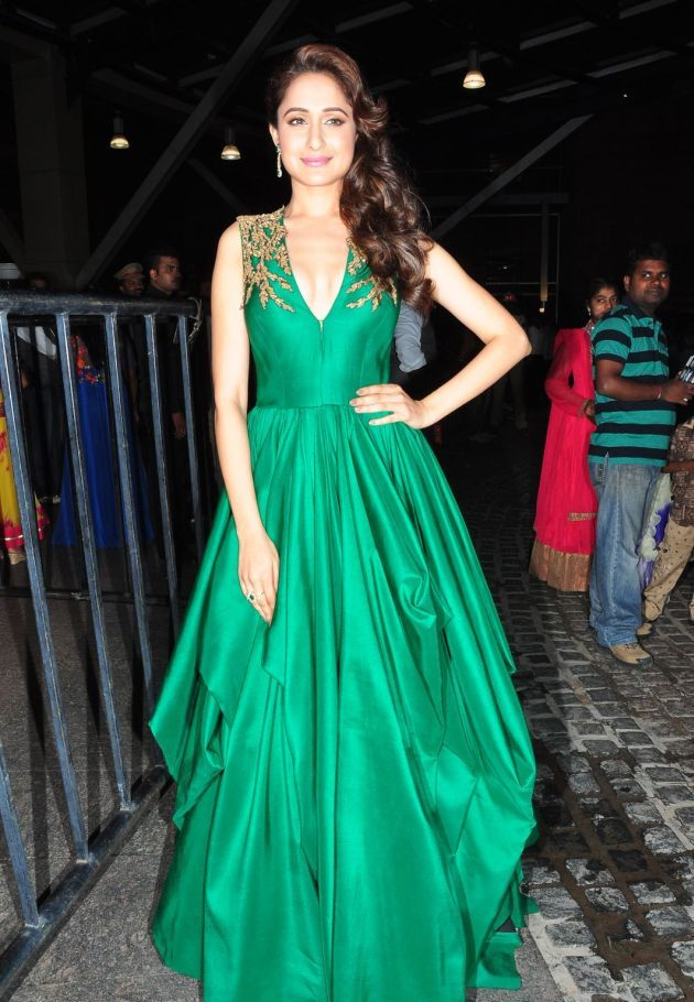 Pragya Jaiswal Photos at Filmfare Awards In Green Gown