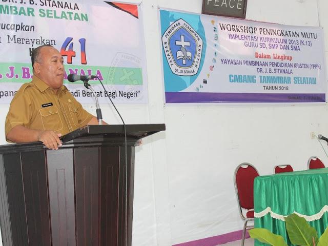 Piterson Rangkoratat Buka Lokakarya Implementasi Kurikulum Tahun 2013