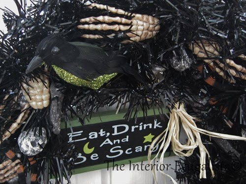 Close up picture of the Halloween Wreath
