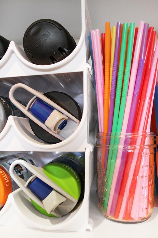 Straw storage in mason jar wine rack water bottle holder