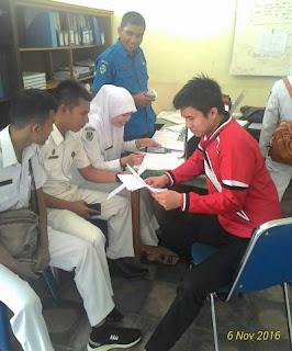 Reaksi-perawat-rsud-dr-adnaan-wd-hadapi-ujian-kompetensi