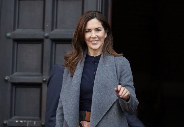 Crown-Princess Mary wore Massimo Dutti cashmere and wool blend coat. Crown Princess Mary wore Roksanda Jaco paneled jacquard blouse
