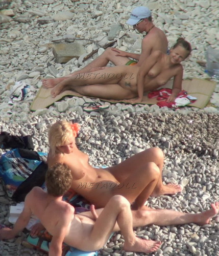 BeachHunters 18015-18080 (Nude and public beaches real amateur voyeur)