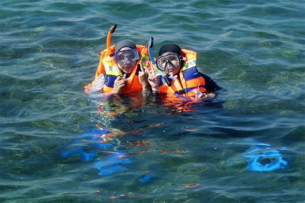 Snorkeling di Tanjung Lesung