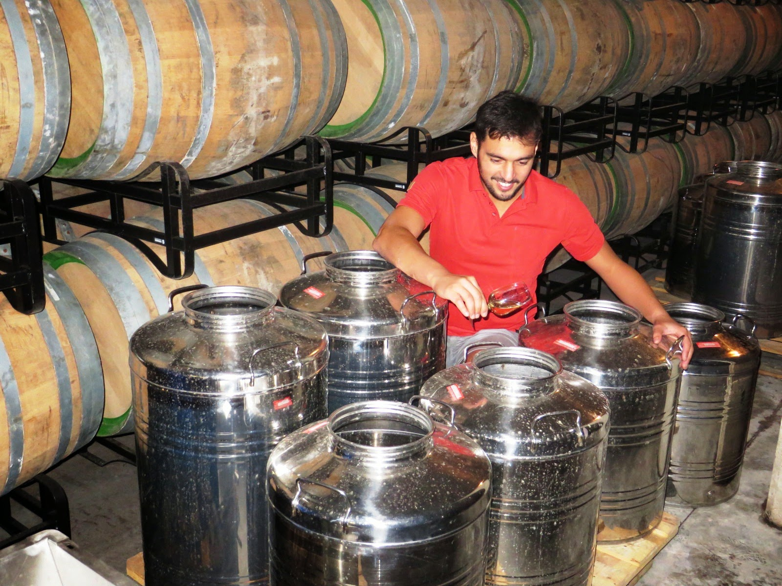 Délestage Or Rack And Return Delestaje O Delastrado French Term For Racking With The Purpose Of Removing Harsh Tannins From Wine In Form G