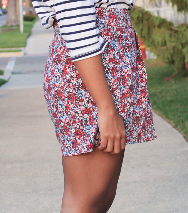 mix-patterns-stripes-floral-skirt-spring