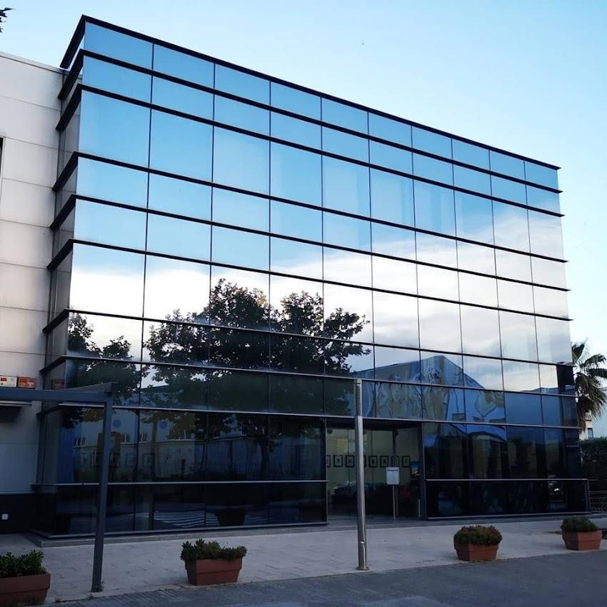 Oficina central Micropigmentación profesional Grant Ashley