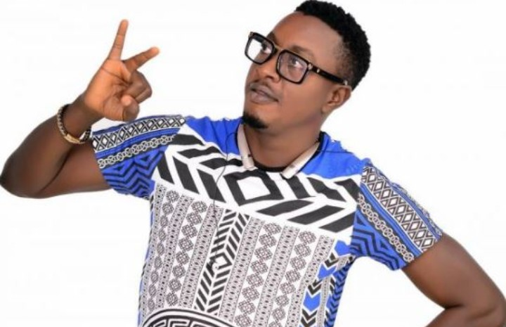 Fuji Musician Taye Currency's Debunks Rumours Regarding His Mother's Death