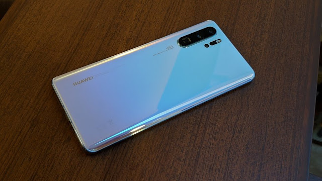 Huawei P30 Pro Review : hail to the (Photography) King
