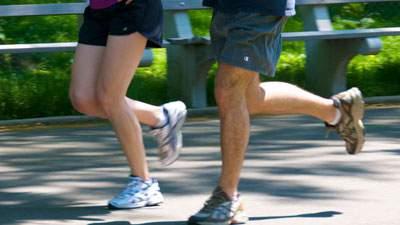 Olahraga Masyarakat Desa dan Kota, jogging, lari-lari kecil, jalan cepat