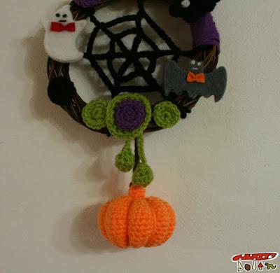 編み物ハロウィンリース