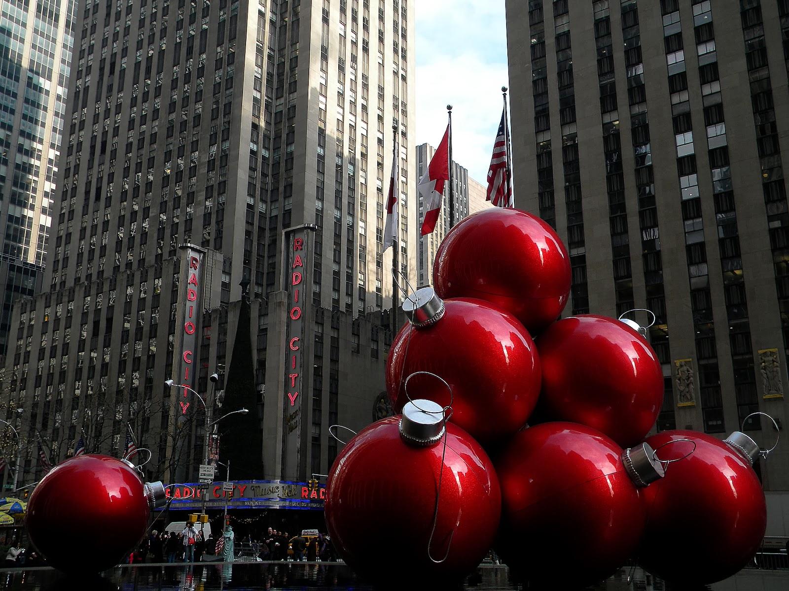 Gotham City Christmas Ornaments Public Domain Clip Art ...