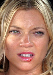 amy smart hot scene crank 2, amy smart photo wounded from blockbuster film crank in hd