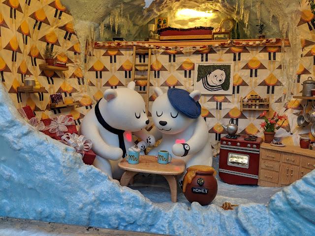Різдвяні вітрини Macy's. Нью-Йорк (Macy's Holiday Windows. New York City)