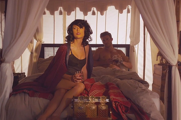 Taylor Swift and Scott Eastwood in Wildest Dreams clip