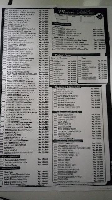 menu makanan di Kampung Daun