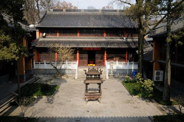 วัดหลิงกู่ (Linggu Temple) @ www.heesterbeek.net
