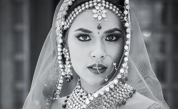 Liburan Ke India Dan Berfoto Ala India, Raisa Bagaikan Ratu Jodha
