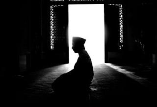 Cara, Niat,Doa Dan Keutamaan Sholat Tahajud Terlengkap