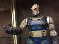 Toy Fair 2017 Mezco One:12 Collective DC Comics Darkseid