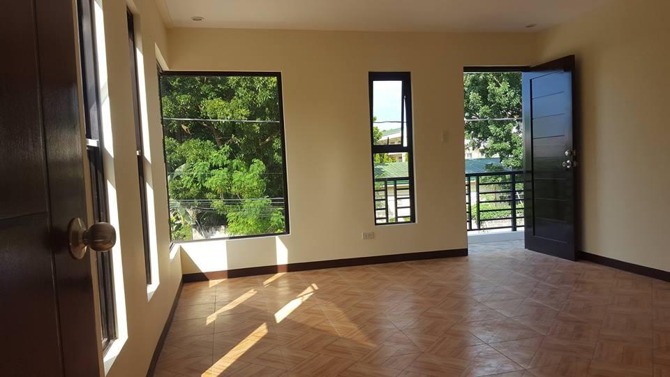 Villa De Toledo - House and Lot For Sale in Sta Rosa Laguna