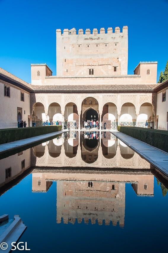 Patio de los Arrayanes. Alhambra de Granada