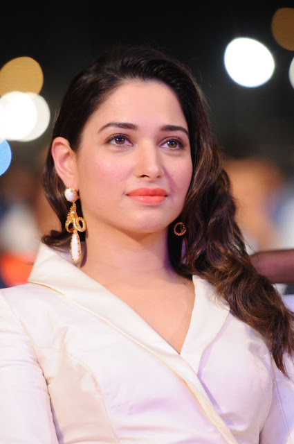 Tamanna at Baahubali 2 Pre release event