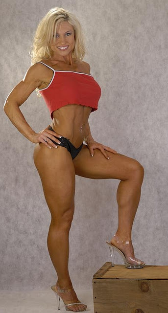 Katrinka Knox - Female Fitness Model