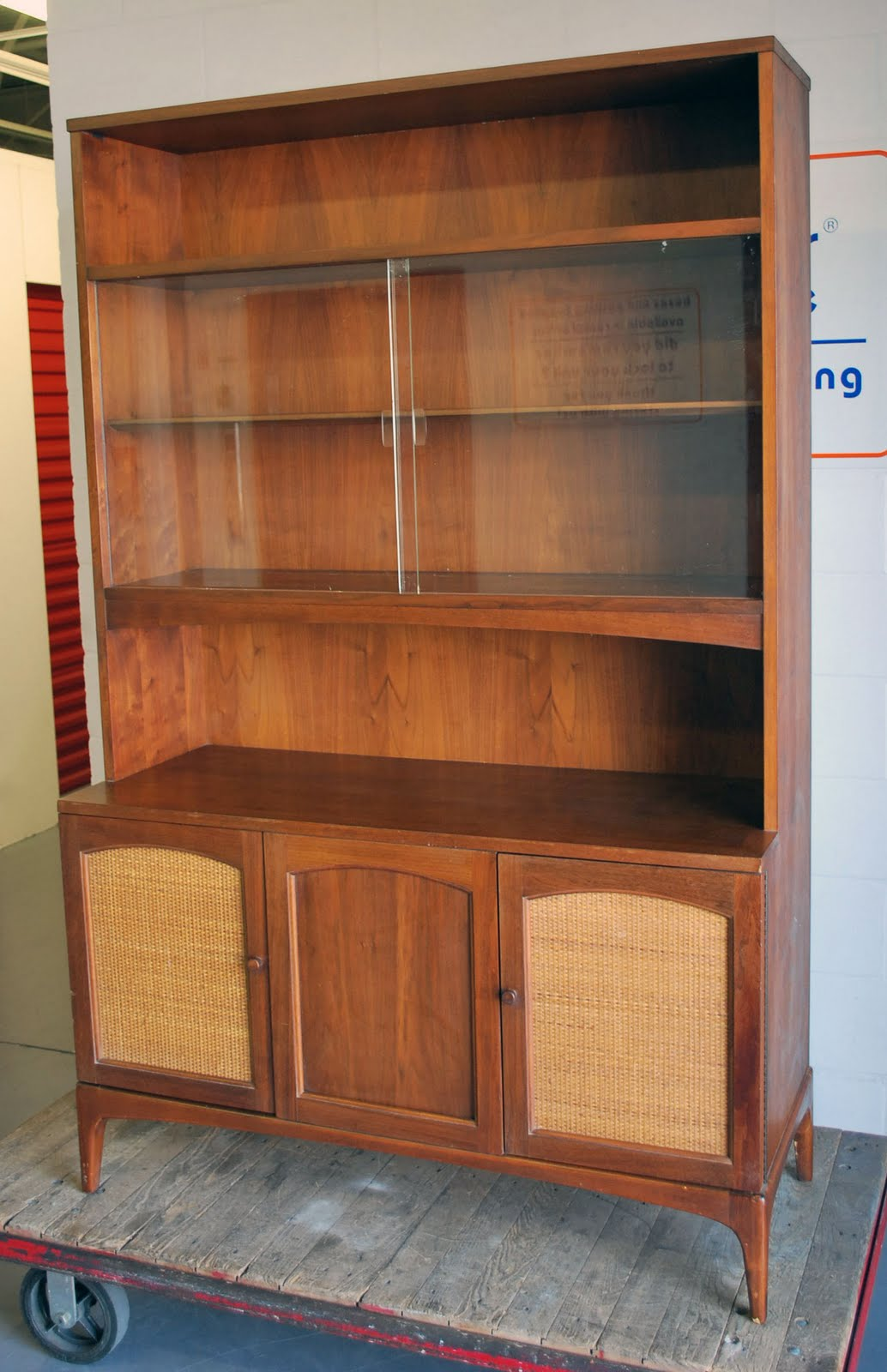Junk2funk Mid Century Modern Wood China Hutch