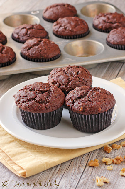 Low-FODMAP Double Chocolate Banana Muffins  /  Cookbook from Delicious as it Looks